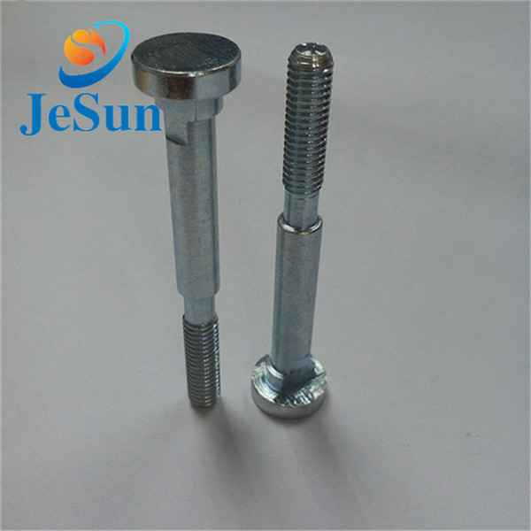 Alibaba China supplier shoulder screws with part556