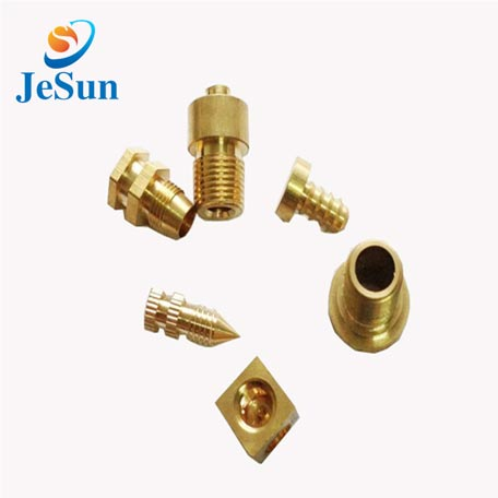 China manufacturer screws and fasteners in Algeria