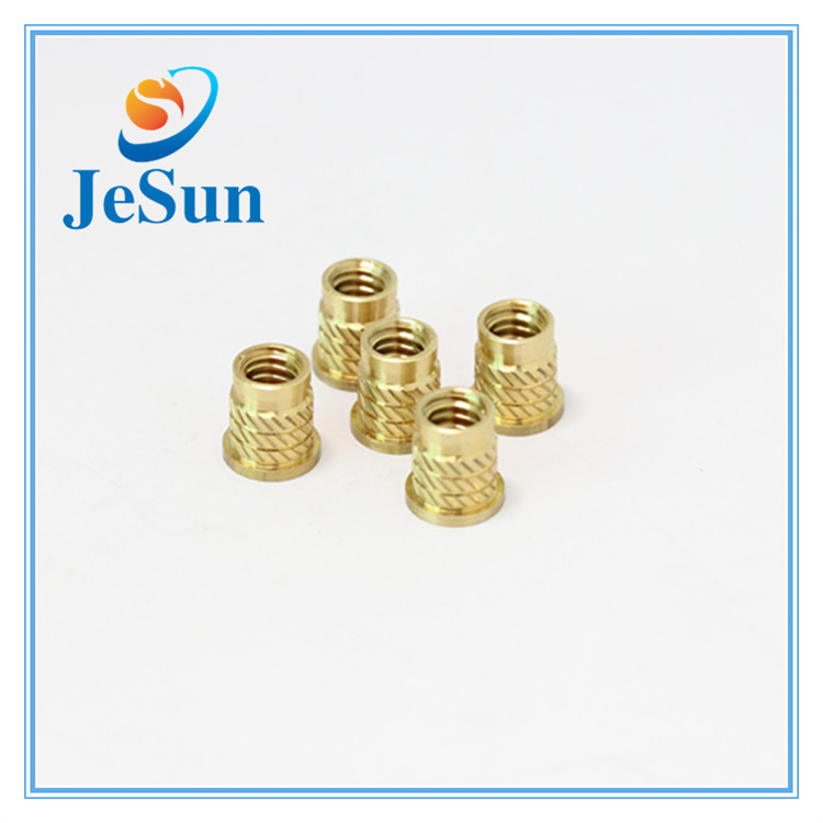 Knurling Brass Threaded Insert Nut in Muscat