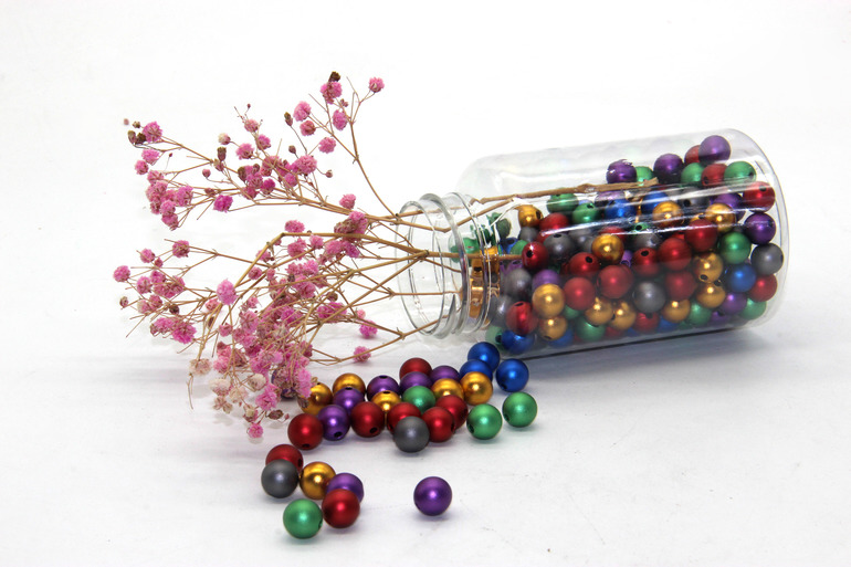 Non-toxic anodized aluminum balls are perfect for your DIY crafting projects.